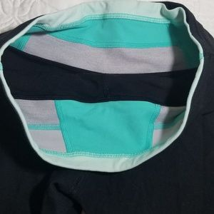 Lululemon capri leggings, with inside multi- color